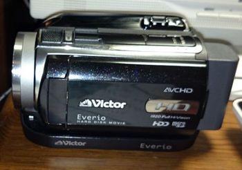 5121 ビデオカメラ201609-1.jpg