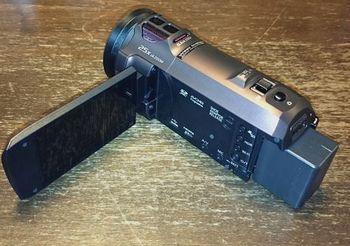 5137 ビデオカメラ201609-1.jpg