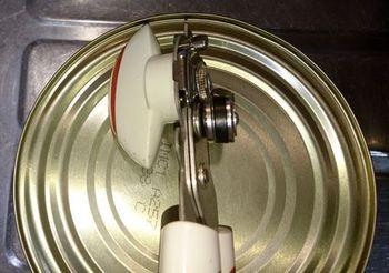 8304 缶切り201905-1.jpg